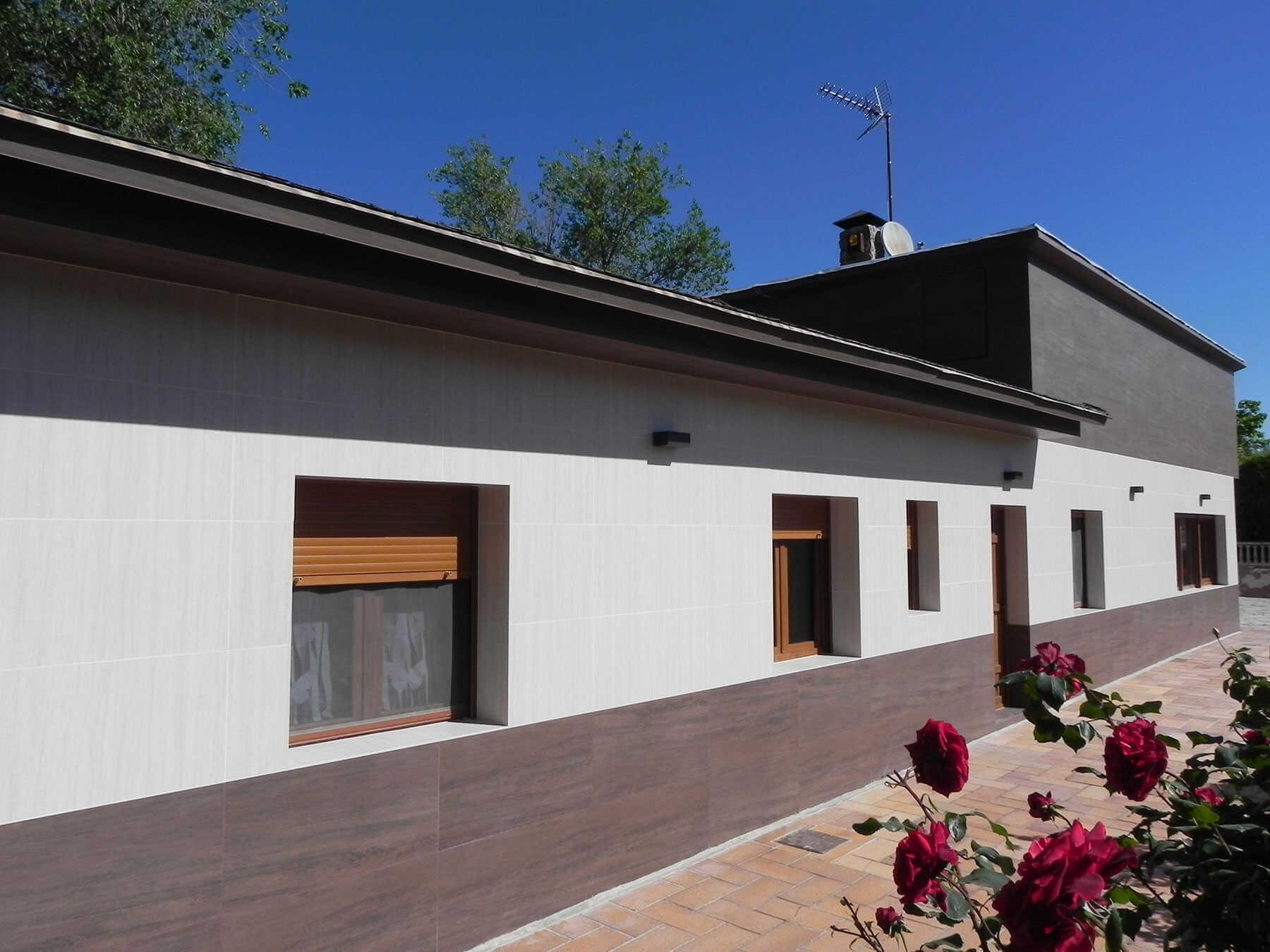 Platten im Großformat für Fassadenrenovierungen