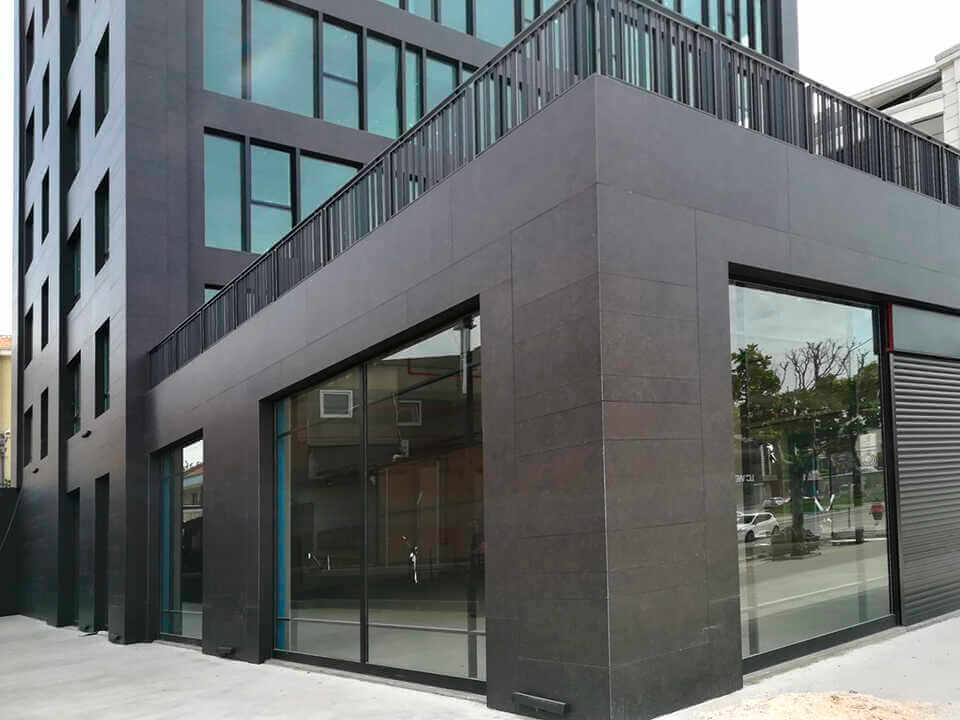 fachada-coverlam-grespania-1