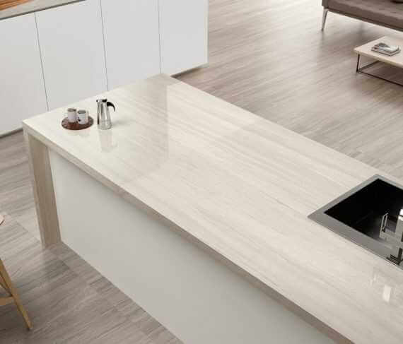1216 amb grespania cocina coverlam top silk blanco web